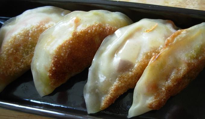 smoked tofu gyozas // the muffin myth