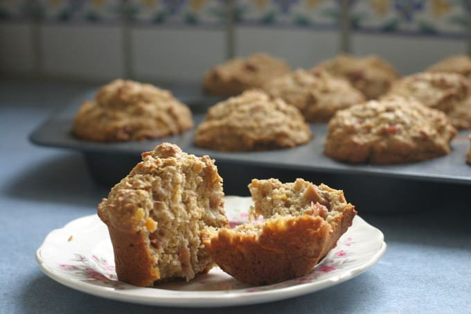 wholegrain rhubarb muffins with apricot and ginger