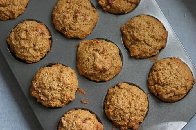 wholegrain rhubarb muffins with apricot and ginger // themuffinmyth.com
