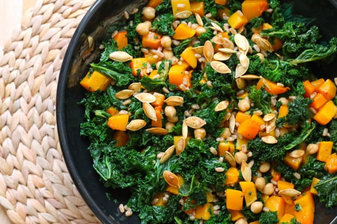 roasted kale and butternut squash salad // the muffin myth