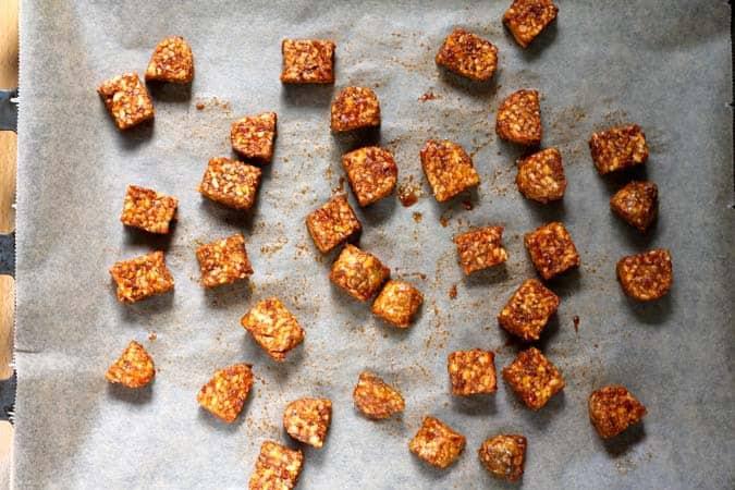 sriracha baked tempeh bowls // the muffin myth