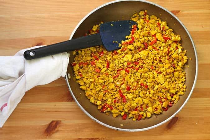 turmeric tofu scramble // the muffin myth