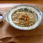warm oatmeal with pear, ginger, and cardamom // www.heynutritionlady.com