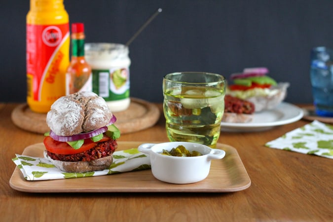 beautiful beet burgers {vegan}