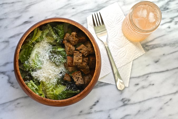 Cheater Caesar! A quick and easy fish-free Caesar with wholegrain olive oil croutons // www.heynutritionlady.com