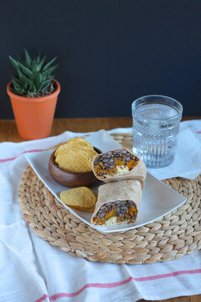 roasted butternut squash and black bean freezer burritos // themuffinmyth.com