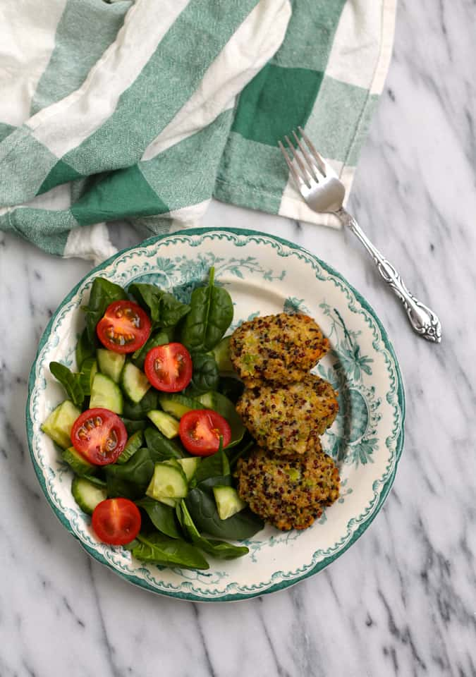 broccoli quinoa nuggets - tasty little nuggets of goodness perfect for baby led weaning and grownup meals alike! // themuffinmyth.com