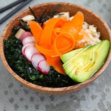 vegan poke bowls // themuffinmyth.com