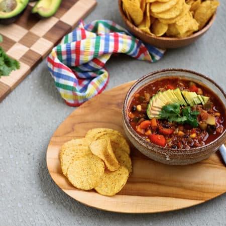 vegan three-bean chili with quinoa // themuffinmyth.com