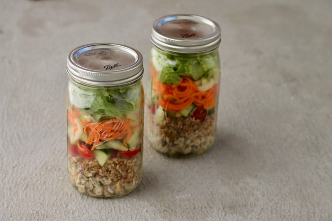 chickpea mason jar salads // www.heynutritionlady.com