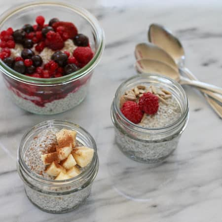 super simple chia pudding for a quick, easy, and healthy breakfast or snack! // themuffinmyth.com
