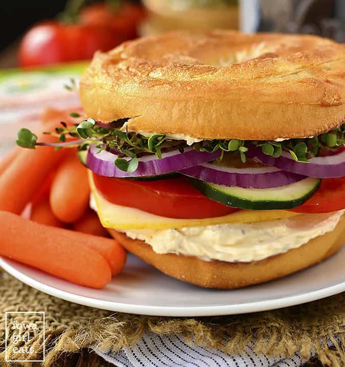 22 vegetarian lunch box ideas - very veggie bagel sandwich