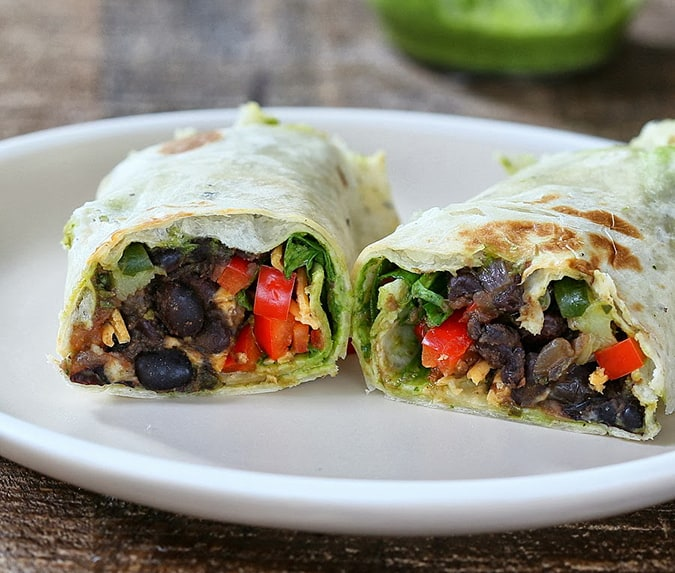 22 vegetarian lunch box ideas - smoky black bean wraps