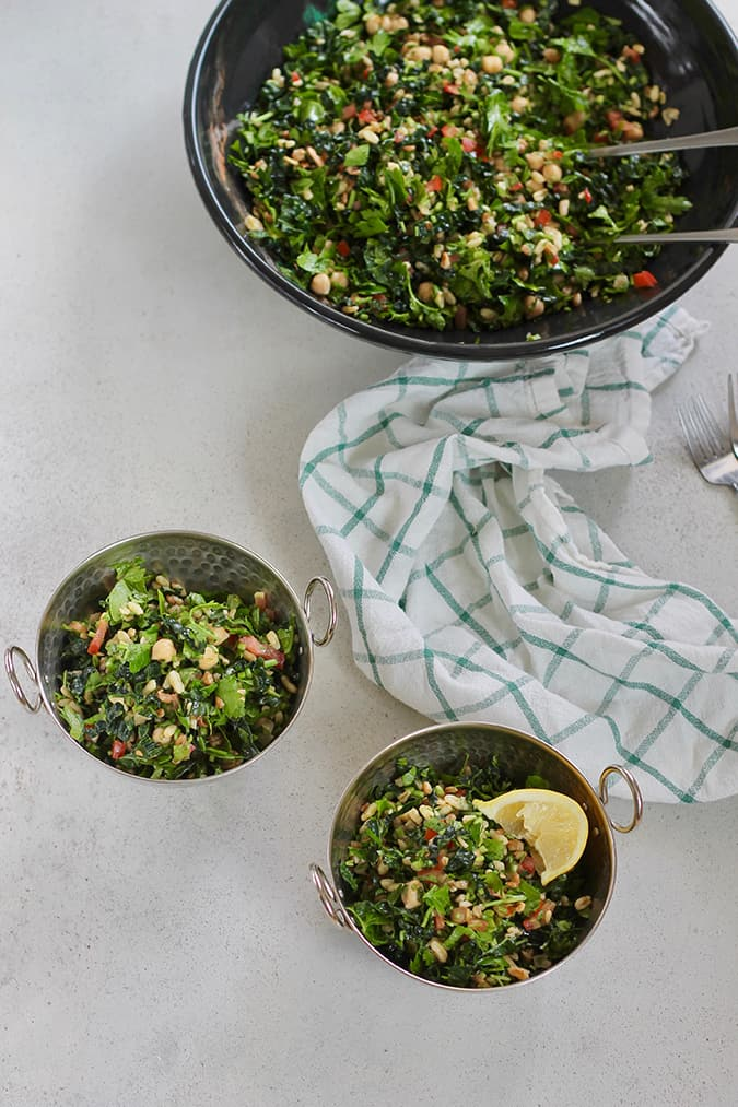 Kale Tabbouleh Salad with chickpeas and kamut // www.heynutritionlady.com