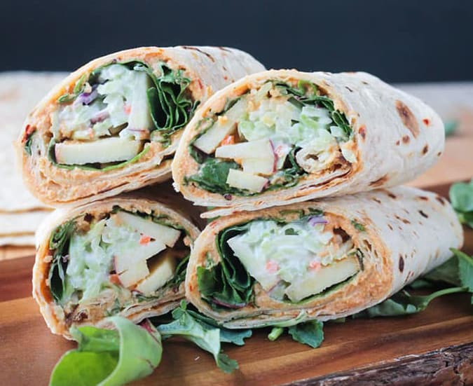 22 vegetarian lunch box ideas - veggie wraps with apples and spicy hummus