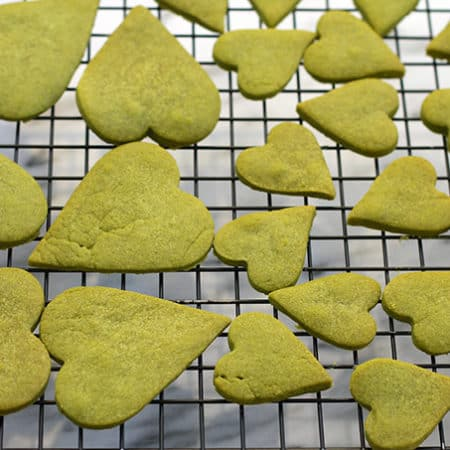 matcha shortbread cookies on a wire rack